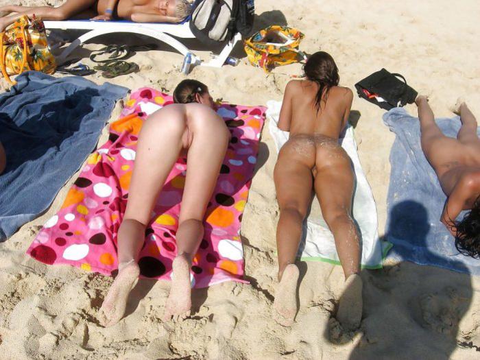 Nudist swinger women at the beach