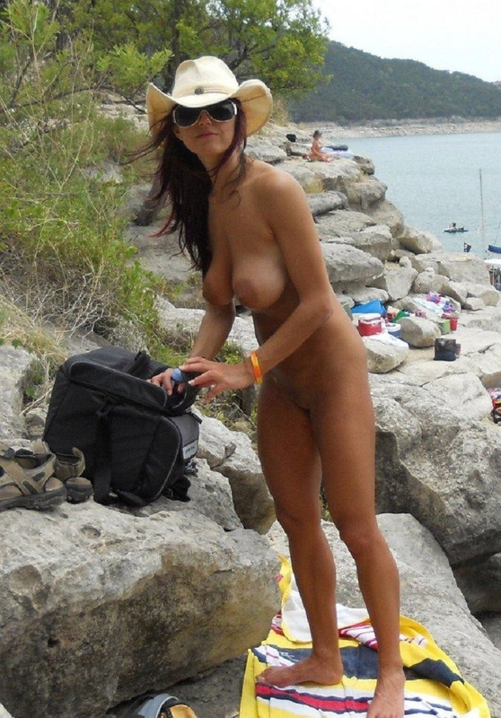 Picture amazing nudist wife at the beach voyeur